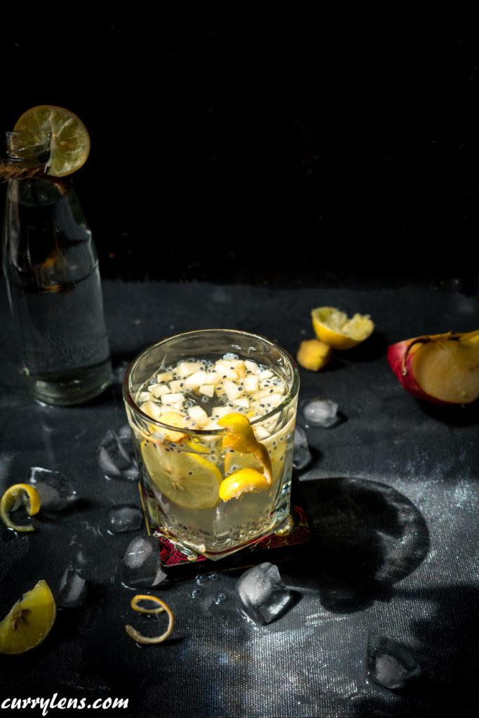 Freshlyjuiced apple lemonade punch