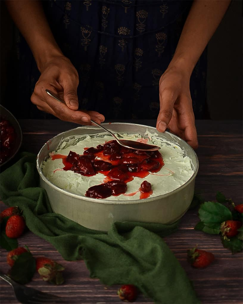 Strawberry cheesecake sauce topping